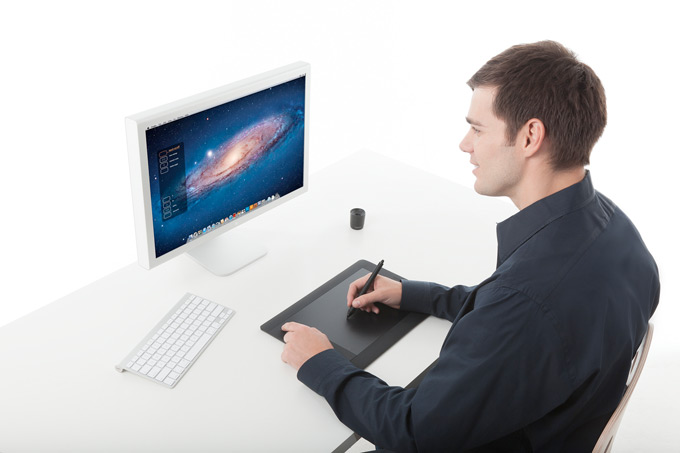 Intuos5 Touch Pen Tablet
